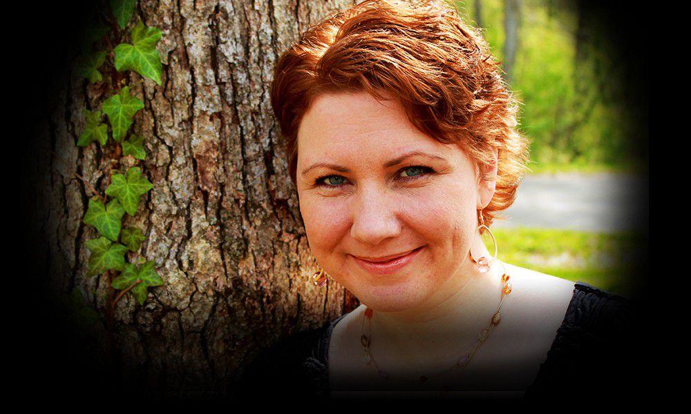 TAXI Member, Lydia Ashton