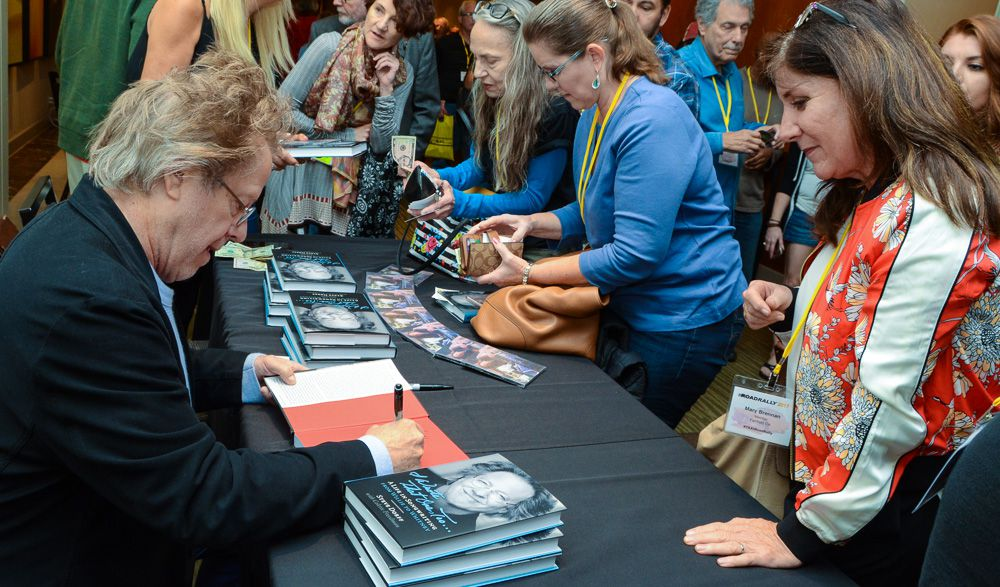 Our Lifetime Achievement Award recipient, Steve Dorff couldn't autograph books fast enough at his book signing!