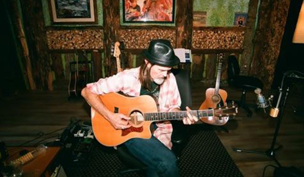 Cass in his studio